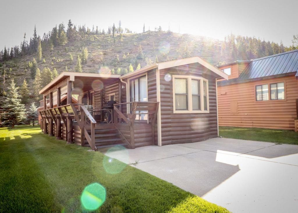 Trout Circle Campers Cabin
