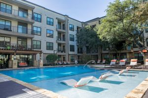 WanderJaunt - North Austin Apartments